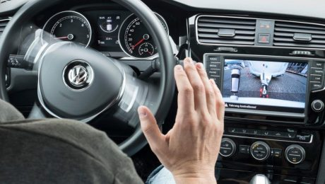 self-driving distraction